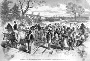 Former slaves coming into federal lines.