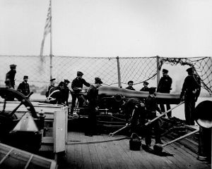 """Dahlgren gun aboard the """"Miami"""""""