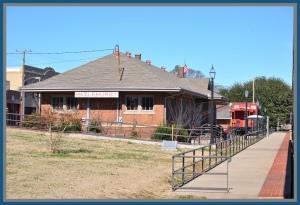 "Hazelhurst station in 2011, seen from the southbound ""City of New Orleans.""  Steve Wilson"