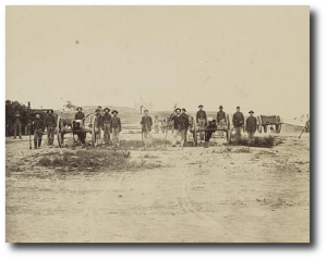 Unidentified troops of the 2nd Indiana at Chattanooga in 1863.  (Library of Congress)