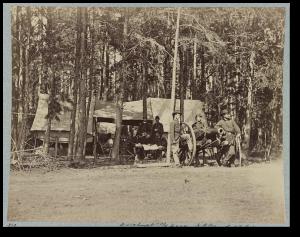 US Horse Artillery posing near Culpepper.  (Library of Congress)