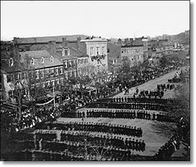 Procession up Pennsylvania Avenue during Lincoln's funeral.  (Library of Congress)