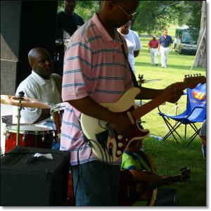 Juneteenth celebration at Berry Hill Plantation Resort, June 17, 2006.  (Elvert Barnes)