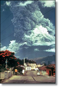 Volcan_de_Fuego_October_1974_eruption FP